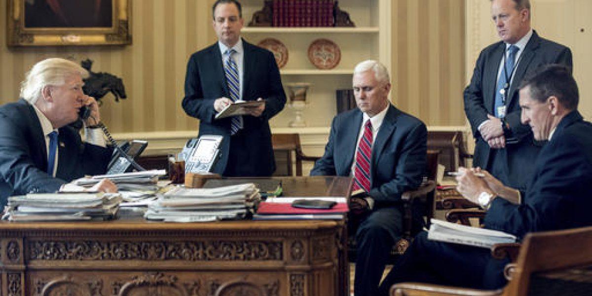 Legisladores rusos defienden a Flynn