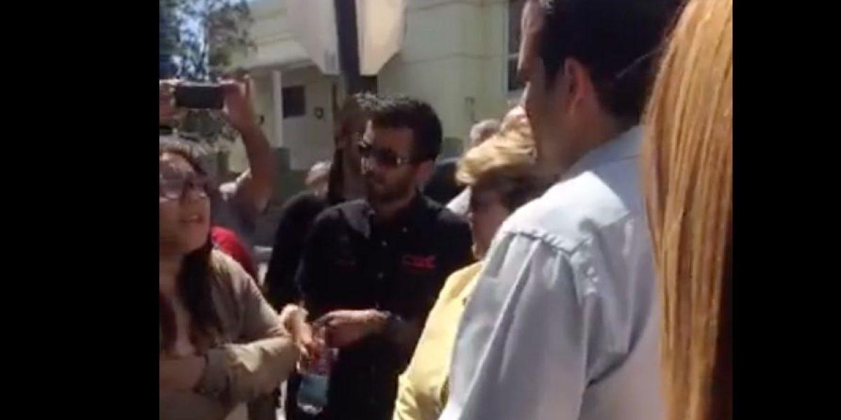 Joven estudiante confronta a Rosselló y a alcaldesa de Ponce