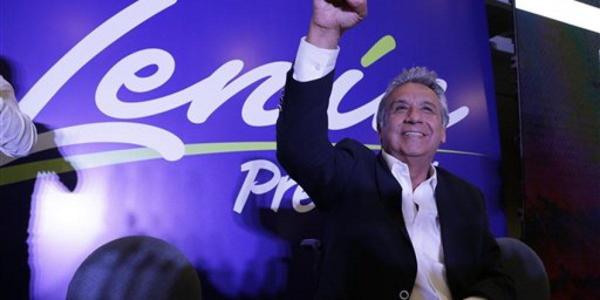 Lenin Moreno encabeza resultados de elecciones en Ecuador