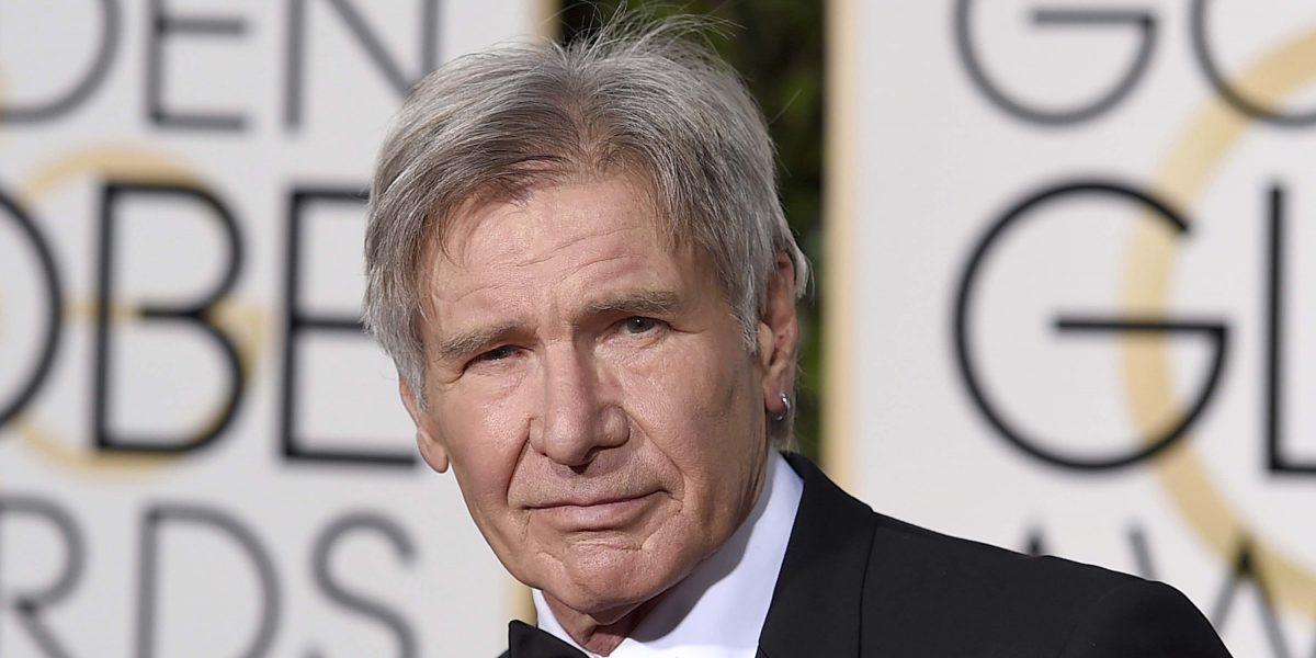 Video muestra cuando Harrison Ford estuvo a punto de provocar desastre aéreo