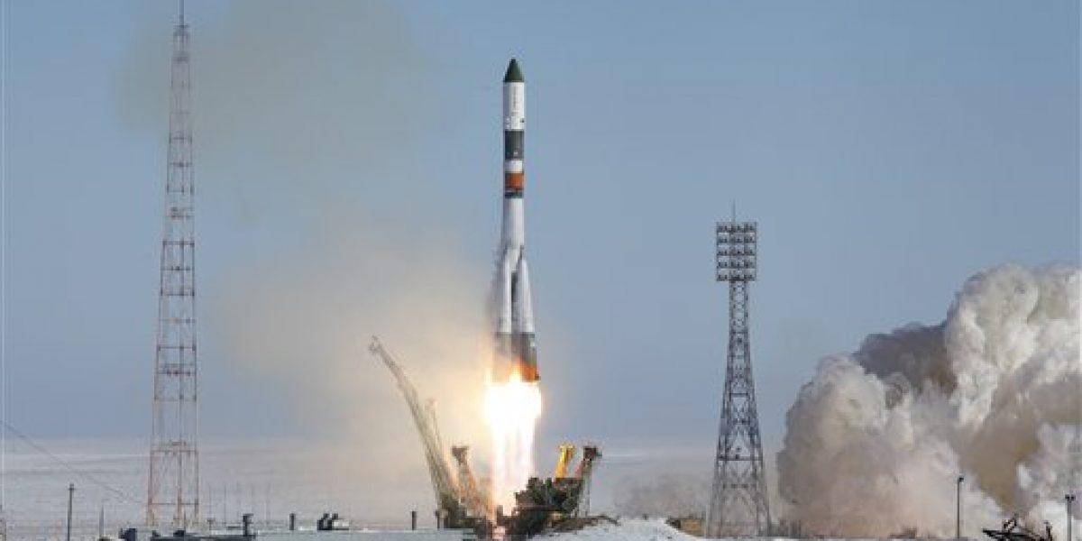 Nave rusa sale hacia la Estación Espacial