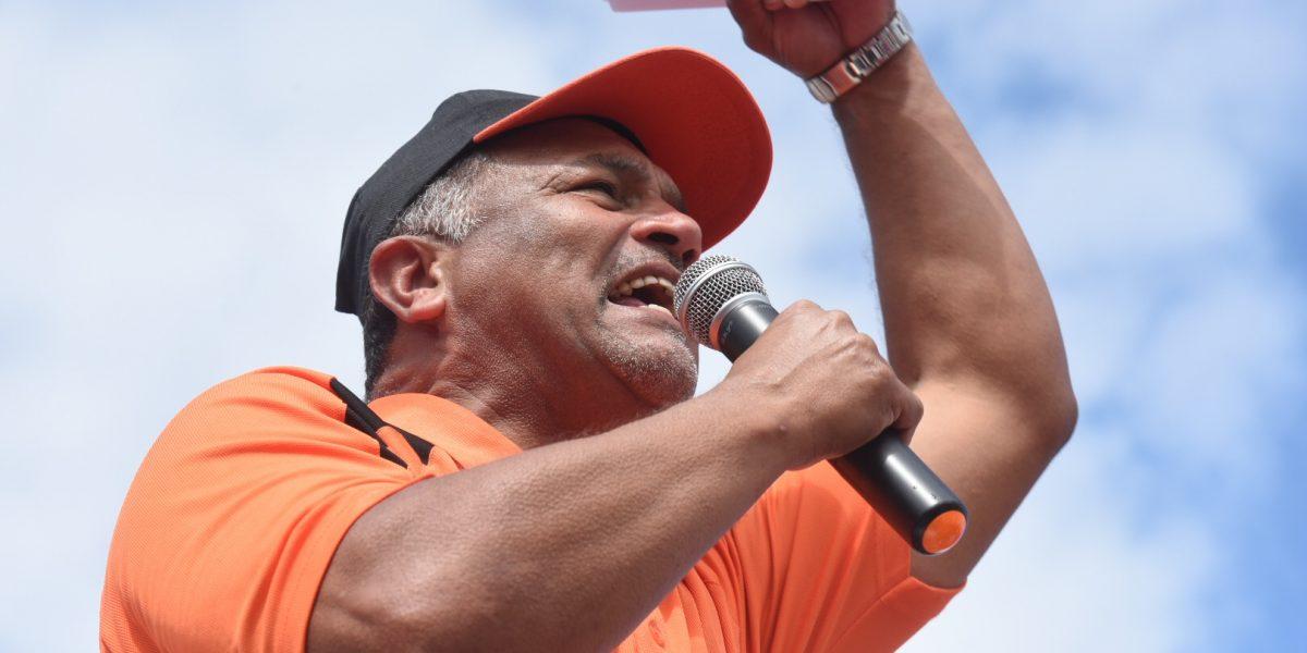 Empleados exentos no docentes no retomarán labores en la UPR ante paro estudiantil