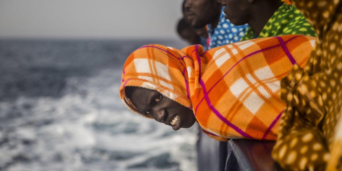 Rescatan en el Mediterráneo a más de mil migrantes