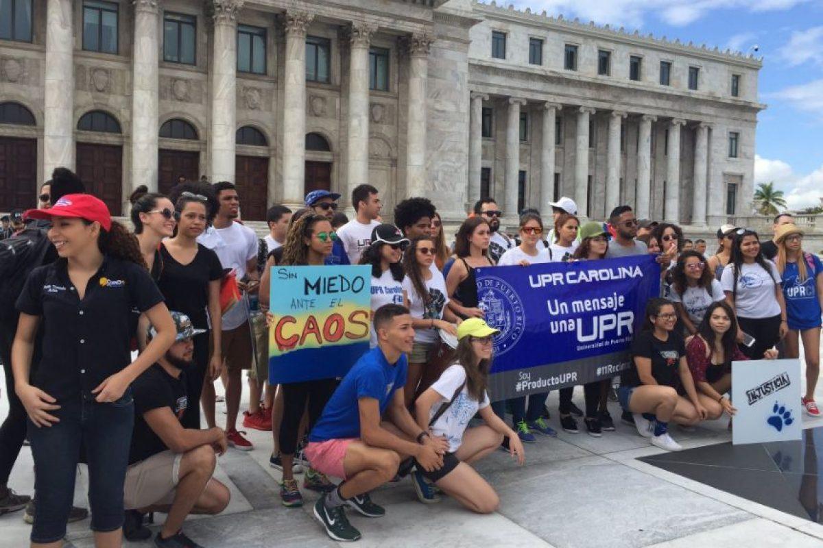 estudiantes UPR protestan en el Capitolio