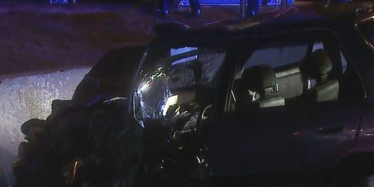 Atrapan hombre que chocó auto de policía municipal en San Juan