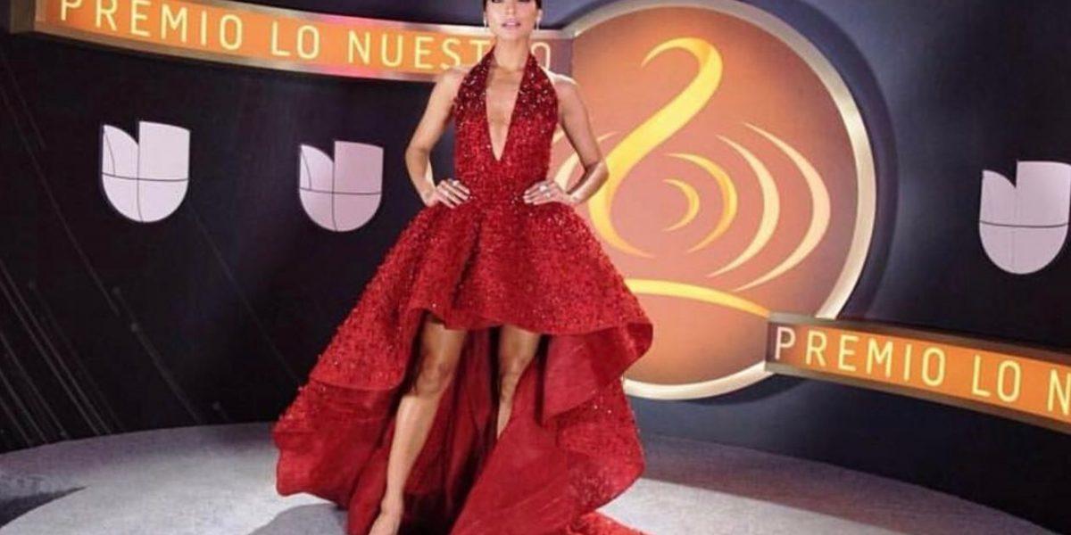 Brillan con sus vestidos ganadoras de NBL en Premio Lo Nuestro
