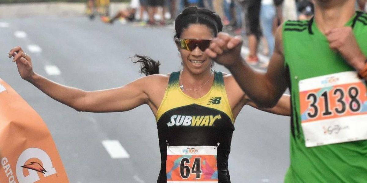 Beverly Ramos cruza la meta como primera boricua en World
