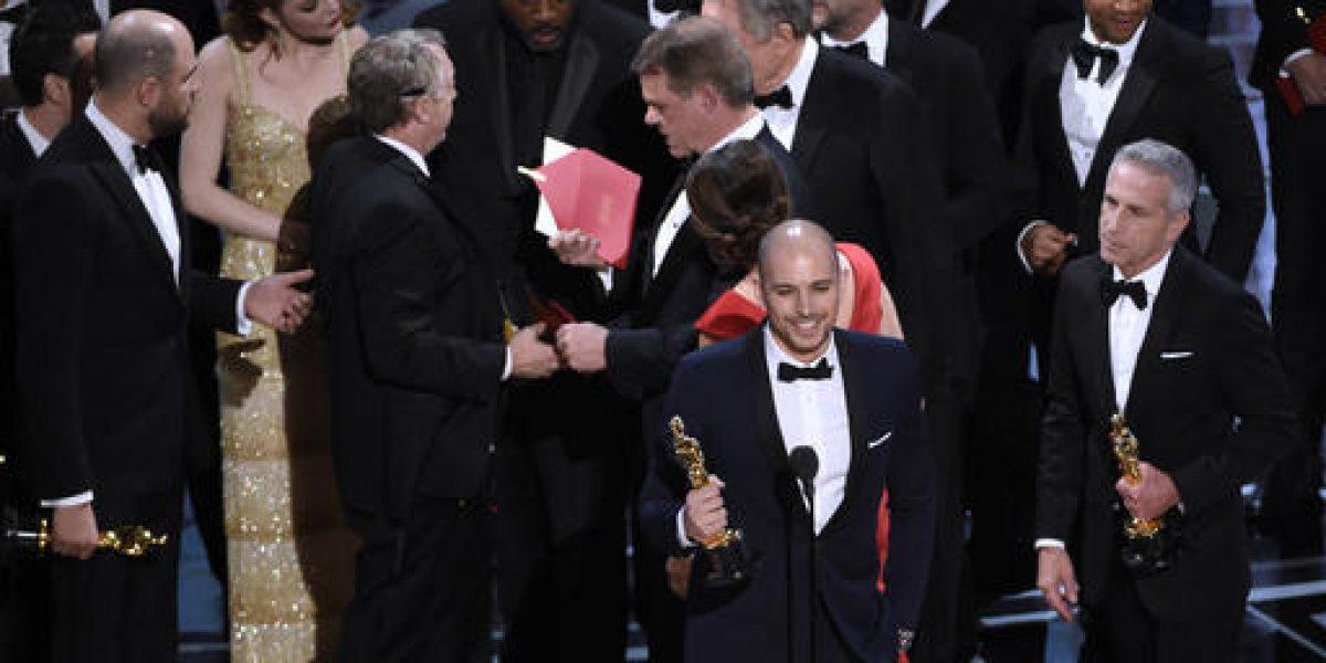 Academia de Cine se disculpa por error en los Oscar