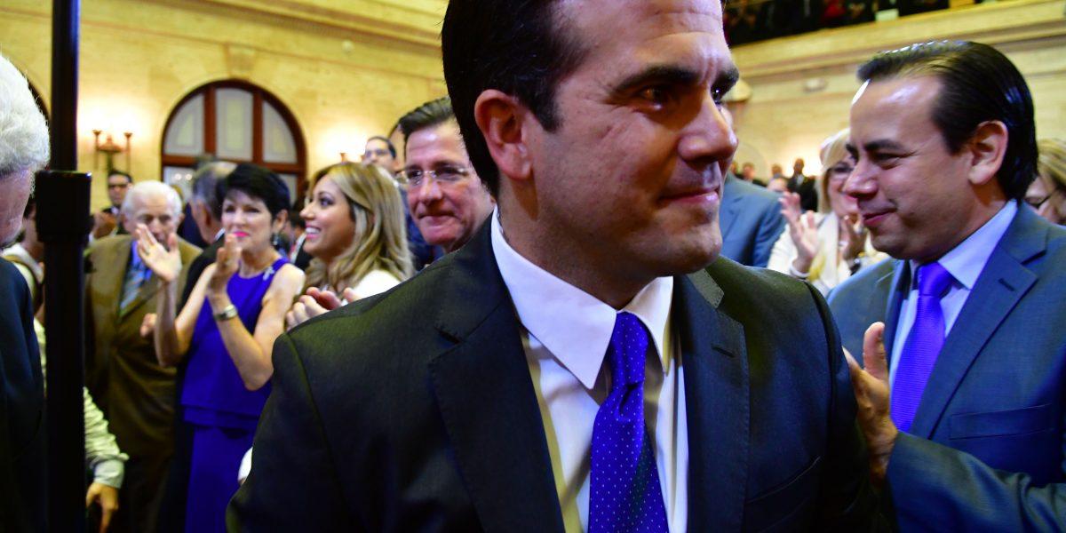 Economistas le ven poco futuro al plan fiscal del gobernador