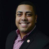 Gilberto Domínguez - representante estudiantil graduado ante Junta de Gobierno UPR