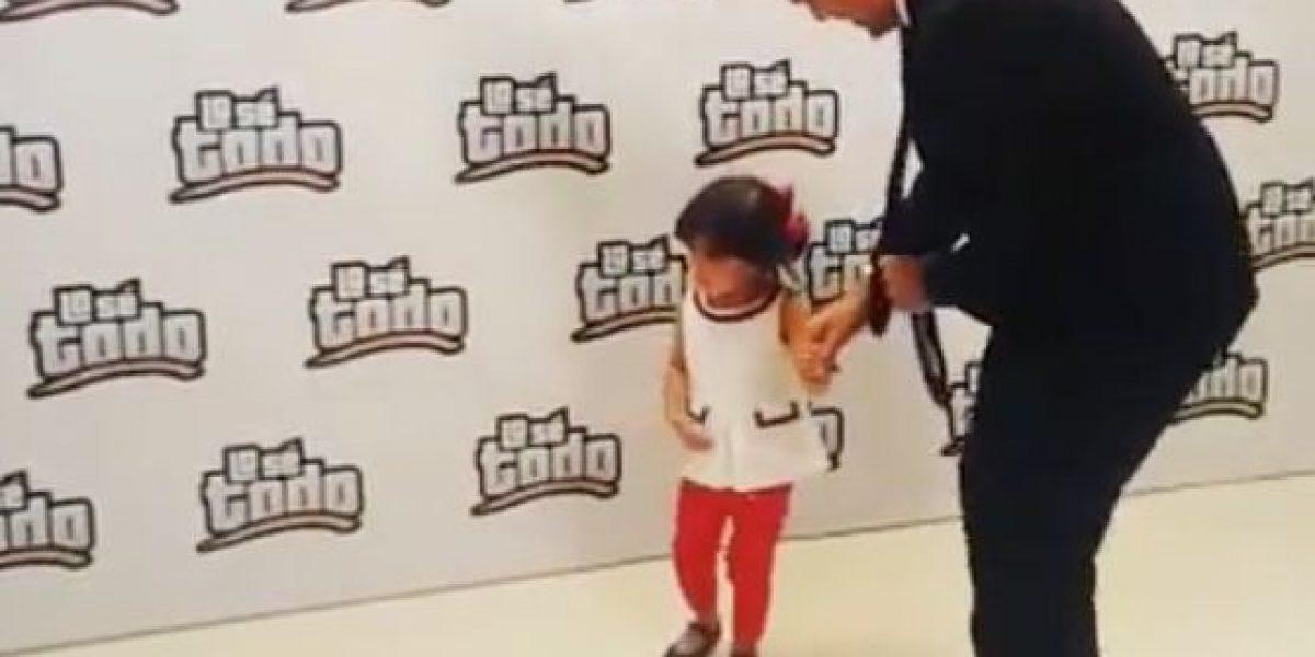 Gobernador se hace viral bailando con su hija