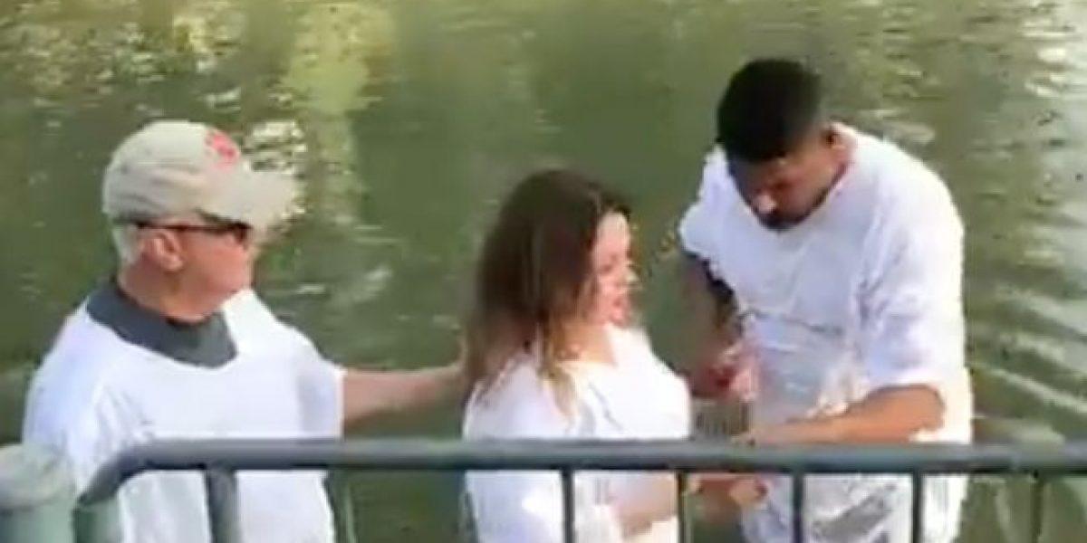Ednita Nazario se bautiza en el Río Jordán en Israel