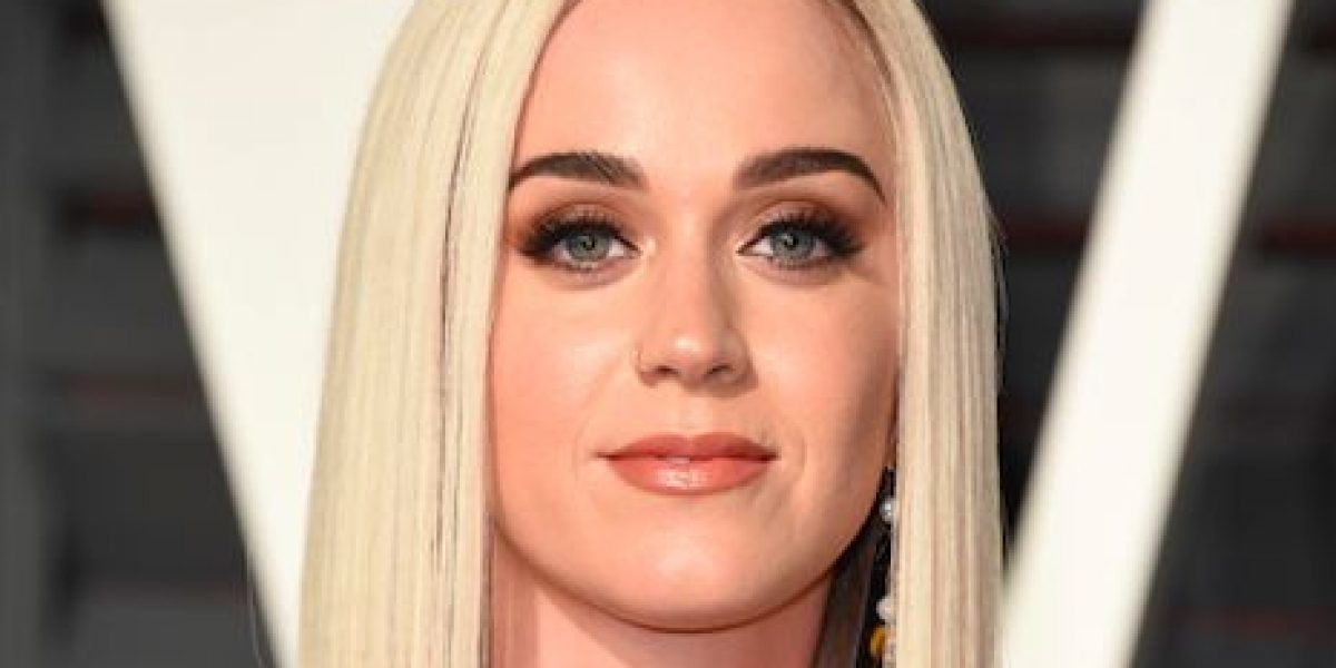 Katy Perry sorprende con radical cambio de look