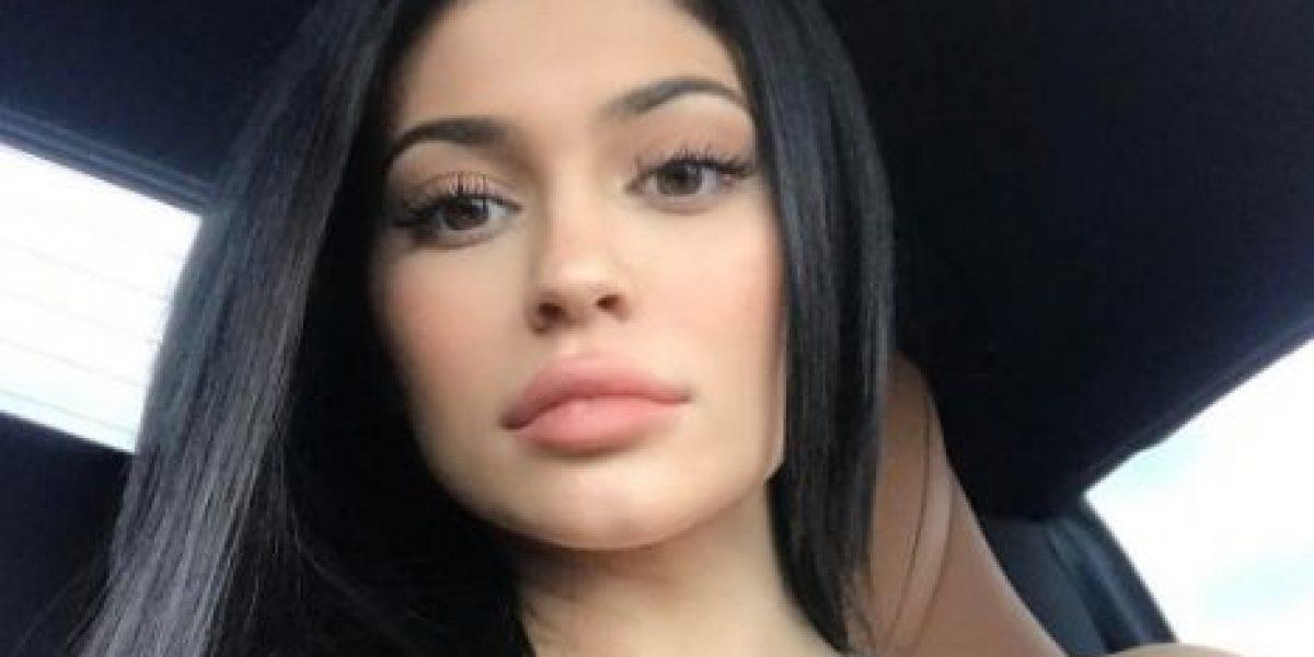 Kylie Jenner deja al descubierto su trasero
