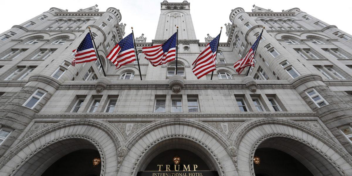 Un restaurante de Washington D. C. demanda a Trump y su hotel