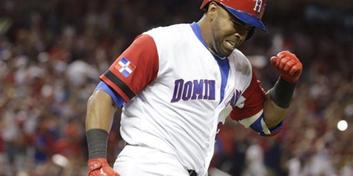 Dominicana remonta ante Estados Unidos en el Clásico