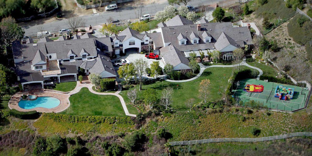 Jennifer López vendió su mansión en Hidden Hills