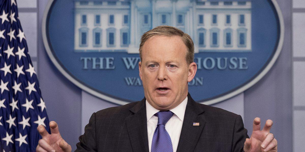Casa Blanca se echa para atrás en señalamiento a Obama