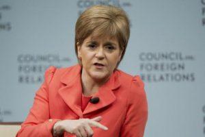 Ministra de Escocia propondrá nueva consulta de independencia