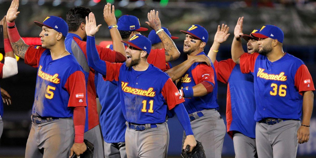 Venezuela clasifica a segunda ronda del Clásico Mundial