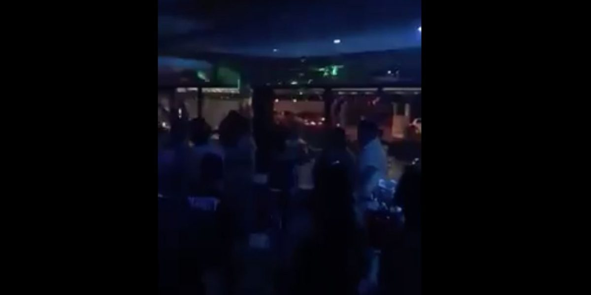 Publican video de tiroteo en negocio de Carolina