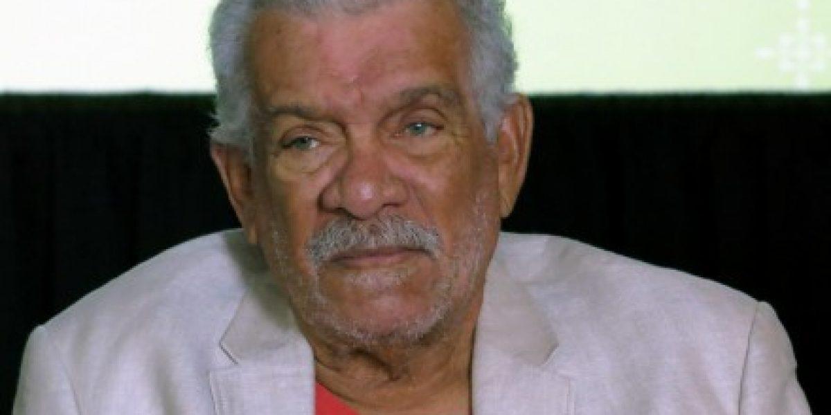 Fallece poeta caribeño ganador del Nobel