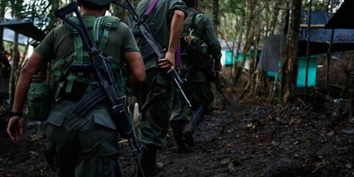 Se entrega un jefe disidente de las FARC