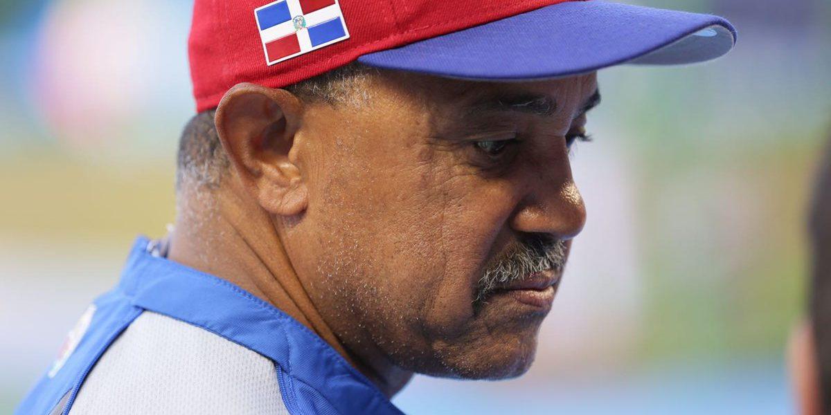 Fanáticos culpan a Tony Peña por eliminación de Dominicana