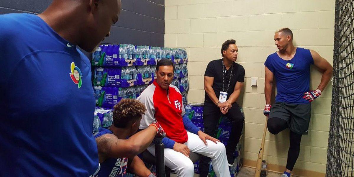 Alomar visita al equipo de Puerto Rico