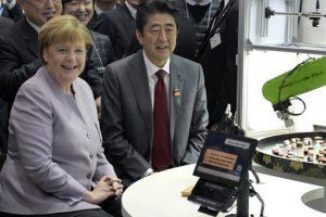 Merkel rechaza alegato de Trump sobre OTAN