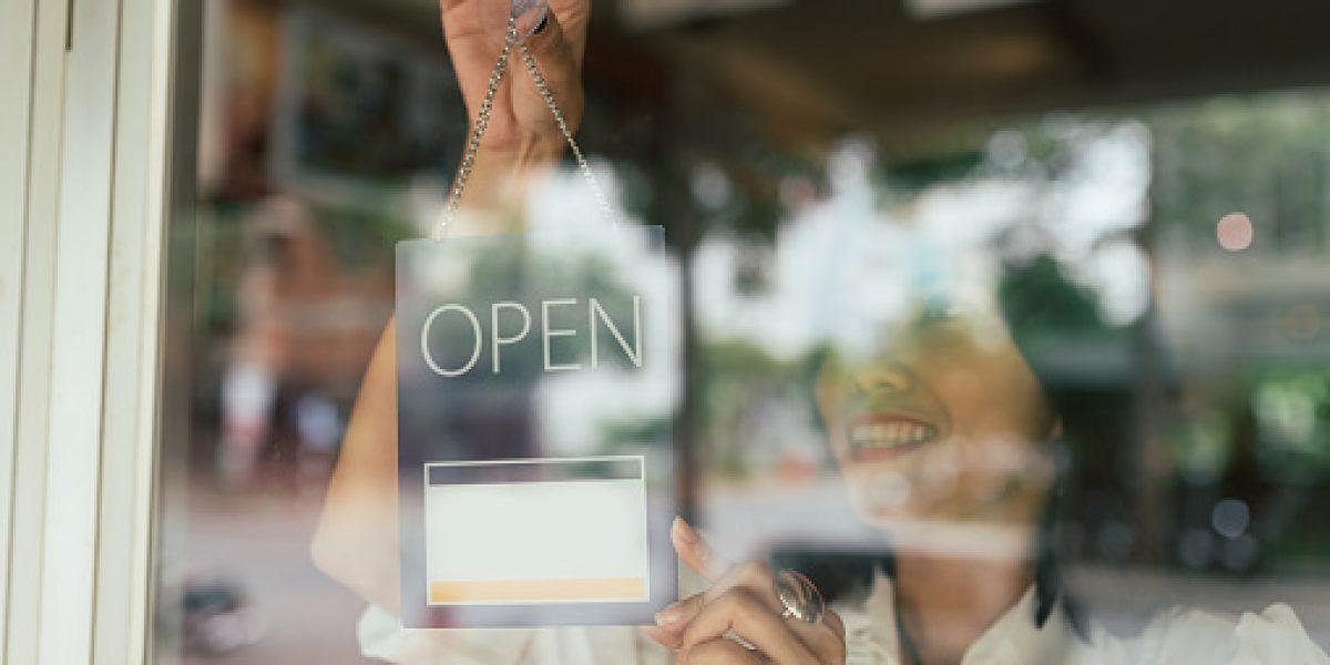 Comerciantes se expresan contra estudio de impacto económico