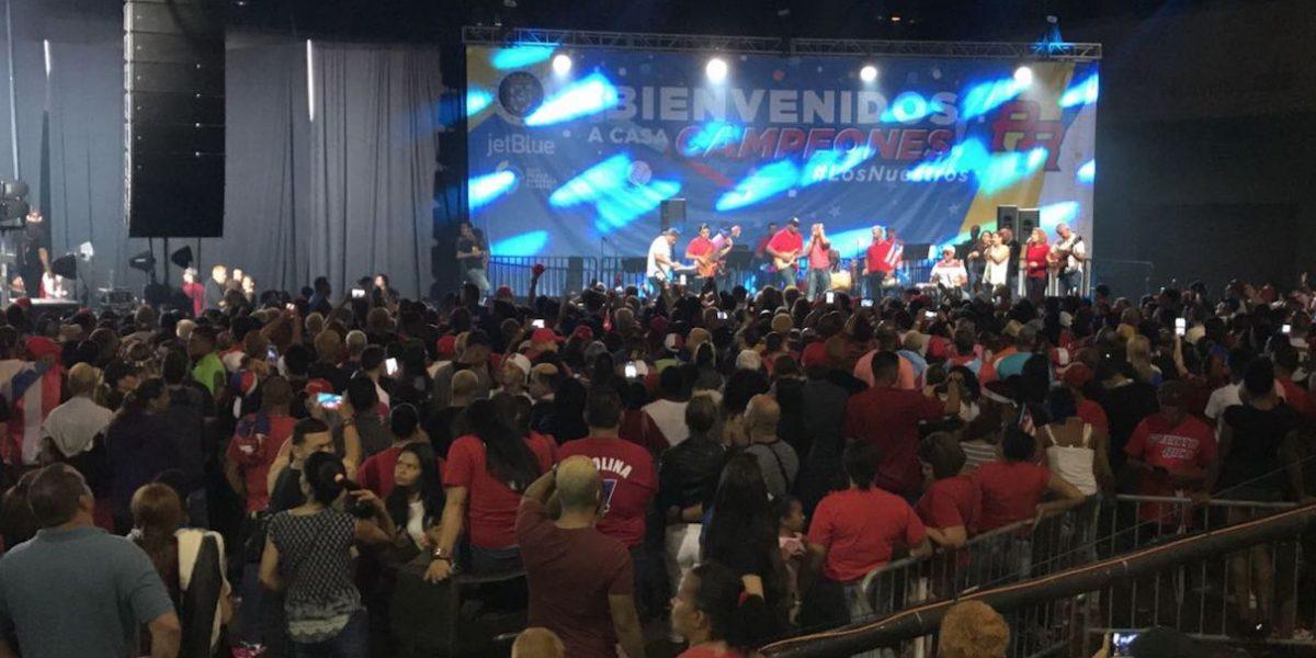 Miles encienden la fiesta en honor a #LosNuestros