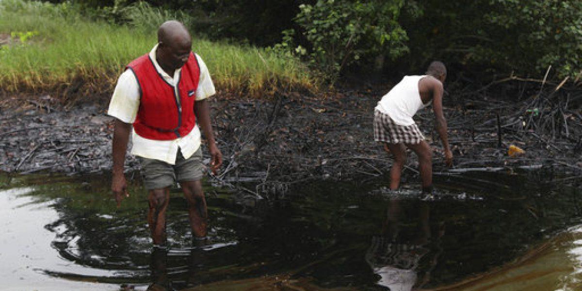 Acusan a Shell de ocultar riesgos por polución en Nigeria