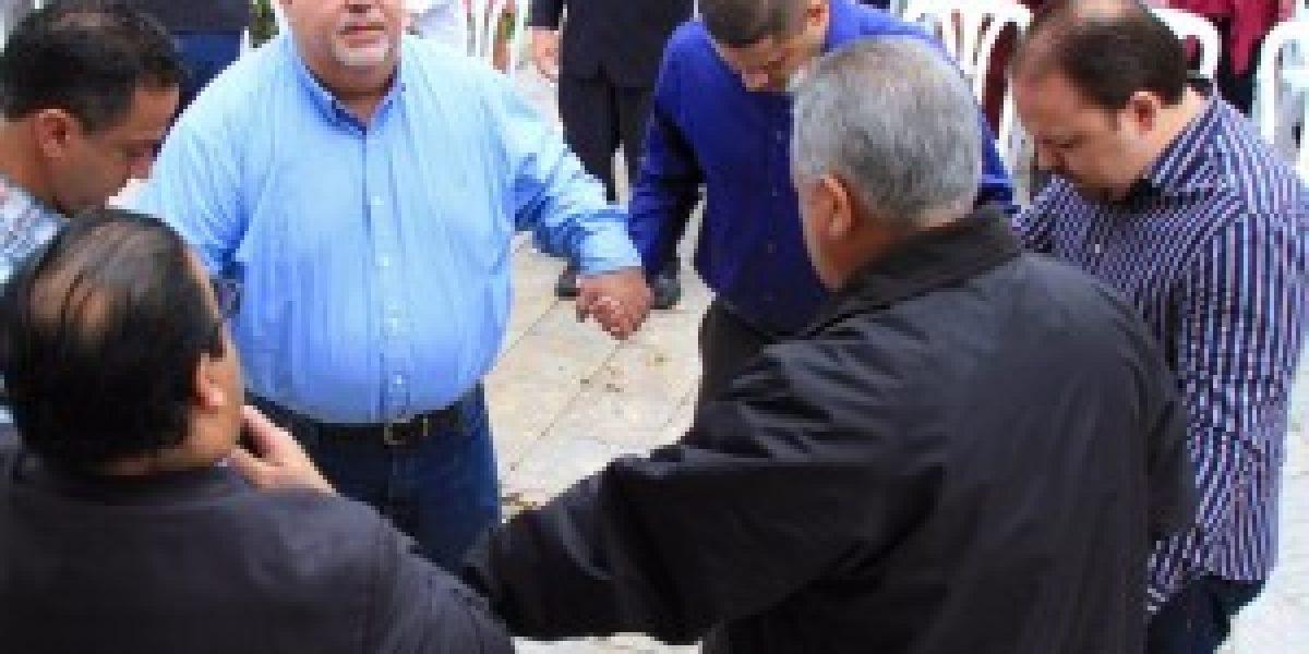 Johnny Méndez dice que Gobernador está complacido con Decreto de Ayuno