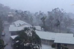 Poderoso ciclón de categoría 4 afecta islas en Australia