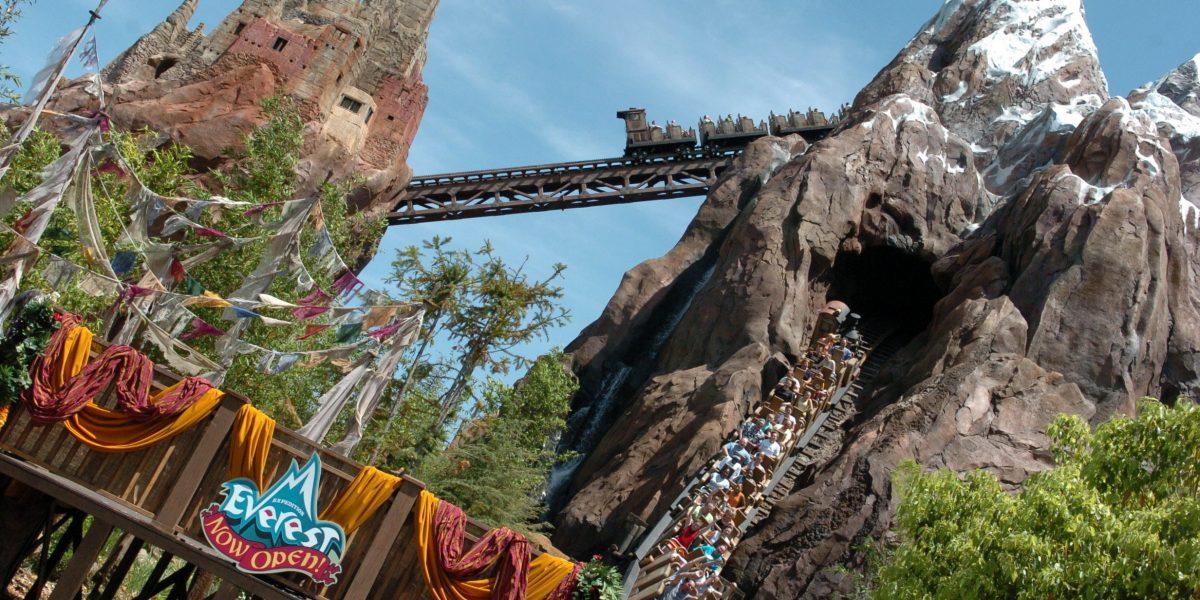 Disney instala nuevo detector de metales para entrar a sus parques