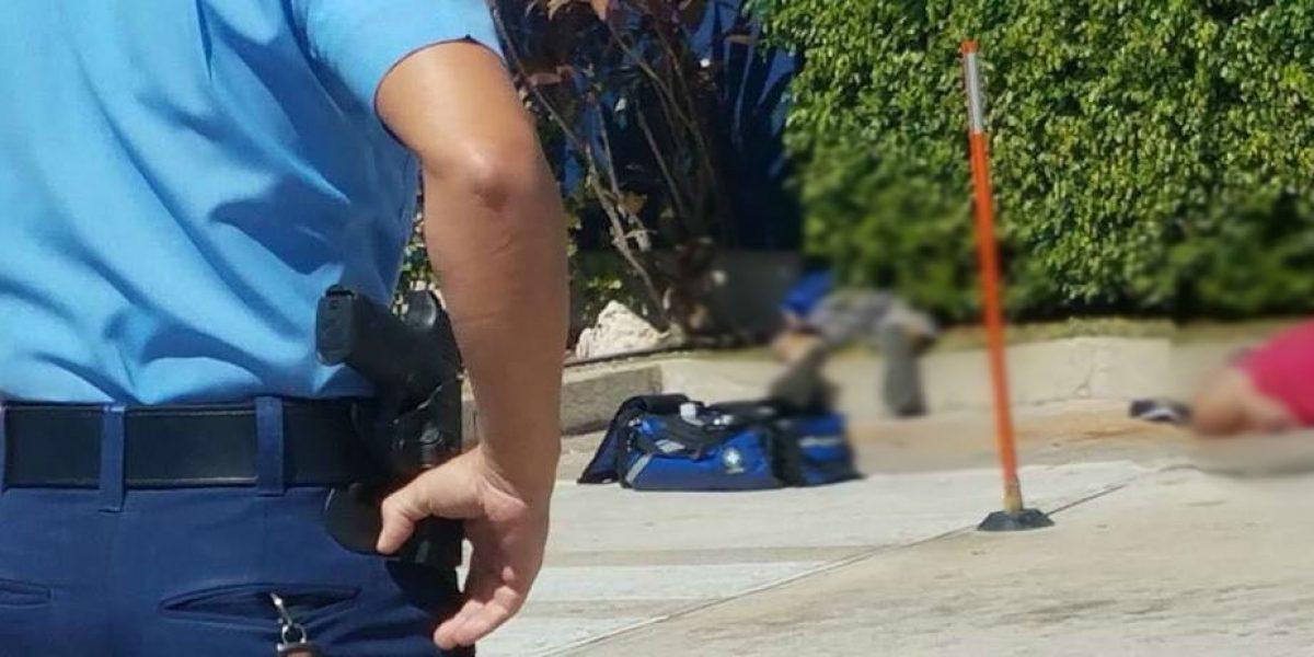 Dos clientes mueren en medio de asalto a banco en Añasco