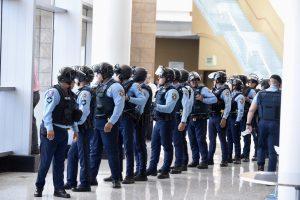 Seguridad en sexta reunión Junta de Control Fiscal/ Dennis A. Jones/ Metro P.R.