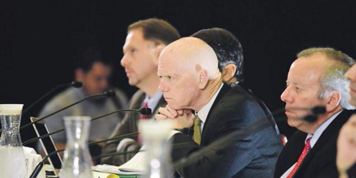 A escuchar propuestas para impulsar economía
