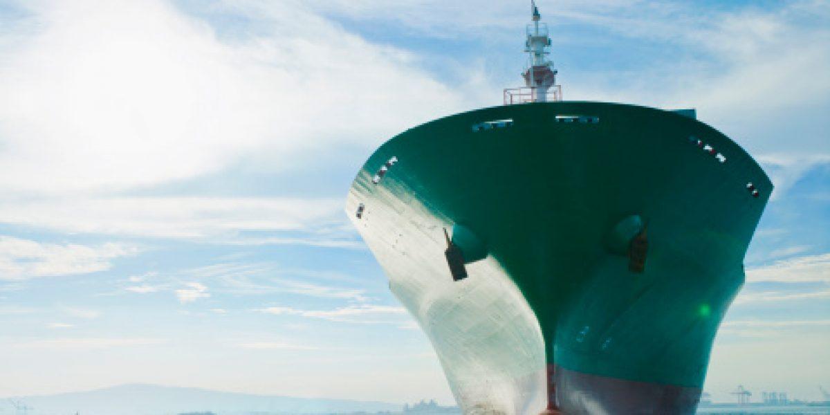 Hallan a dos tripulantes de barco surcoreano hundido
