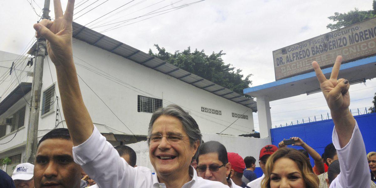 Elecciones Ecuador: primeras encuestas con resultados divididos