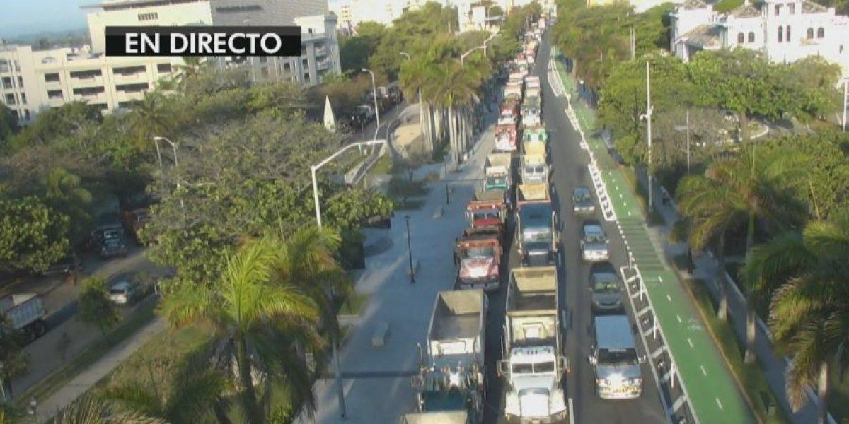 Camioneros protestan frente al Capitolio
