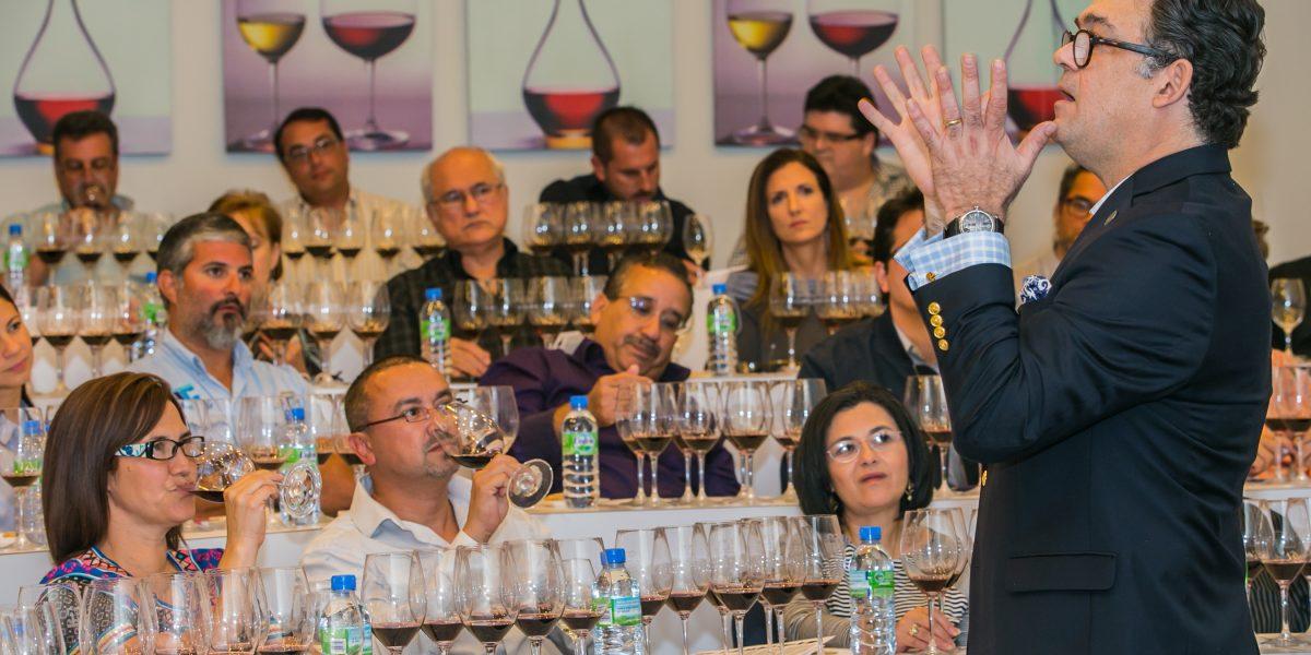 Clases de apreciación del vino en V. Suárez