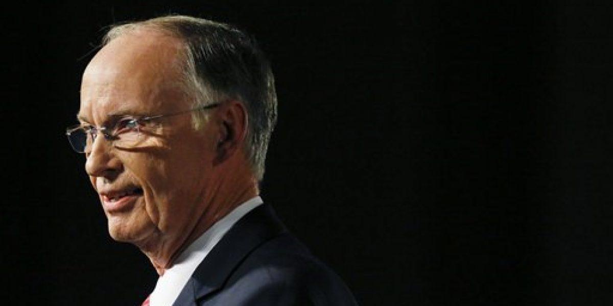 Gobernador de Alabama podría ser enjuiciado