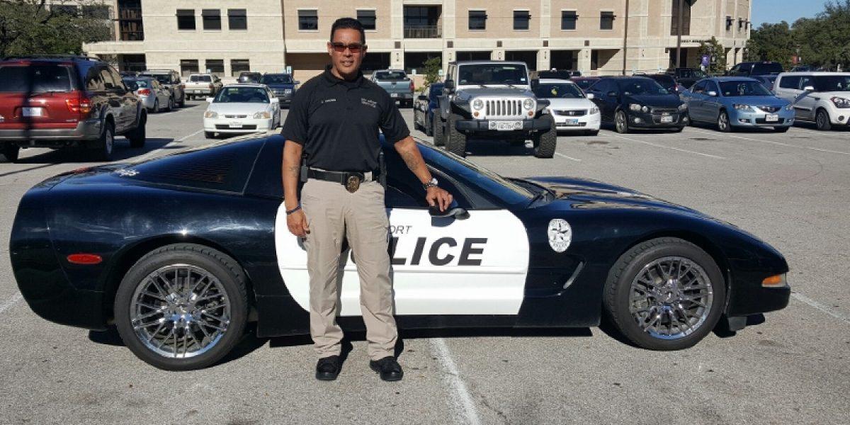 Reclutan candidatos a policías en P.R. para aeropuerto de Dallas