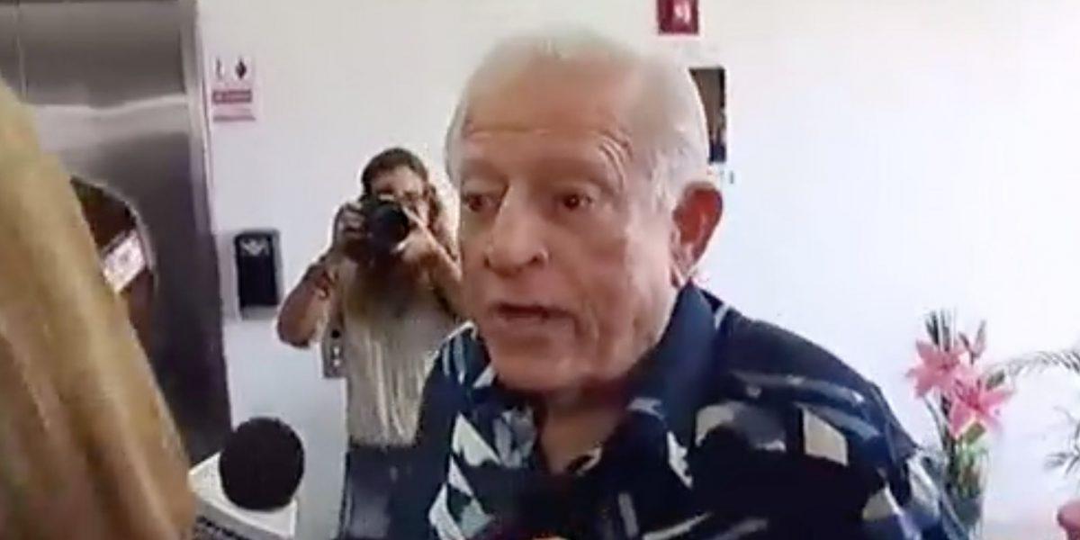 Romero Barceló se descontrola en medio de entrevista