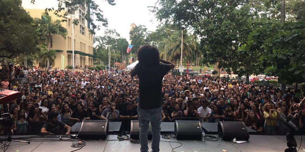 """Arranca el concierto """"No nos pararán"""" frente a UPR Río Piedras"""