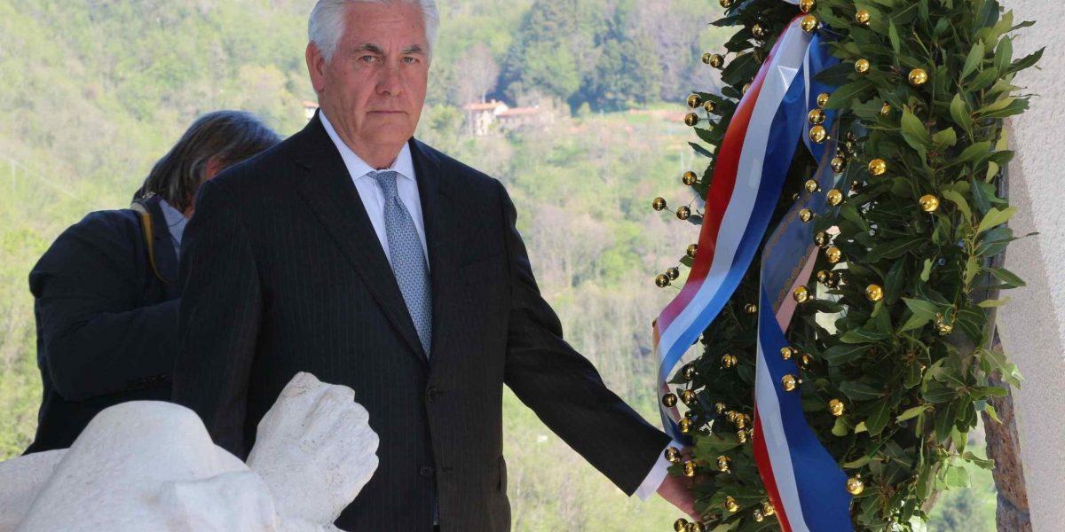 EE.UU. busca apoyo internacional para estrategia contra Siria