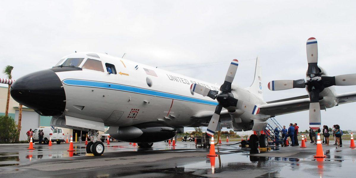 """Podrás visitar el avión """"cazahuracanes"""" de EE.UU."""