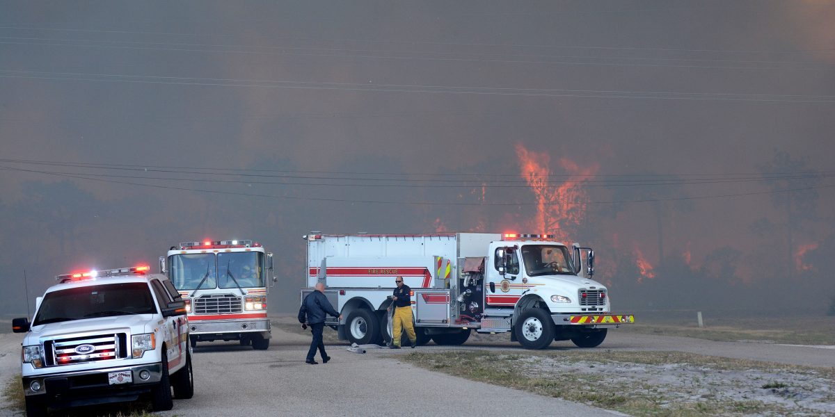 Declaran a Florida estado de emergencia por más de 100 incendios forestales